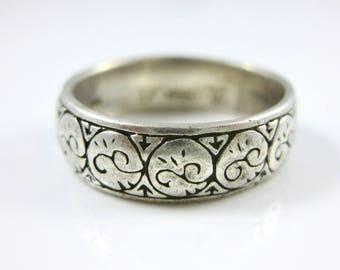 Size 7 3/4 Vintage Sterling Silver Swirl Pattern Ring