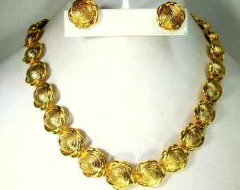 SALE, Gold Link SET, Shiny Spun Circles of Necklace n Clip Earrings, Unused, Mint Condition, Gift Worthy