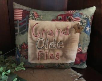 "Primitive AMERICANA Pillow ""Grand Olde Flag"" Summer decor"