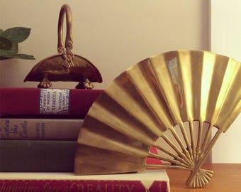 Brass fan trivet