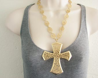 Vintage large  long ornate gold cross necklace (AA1)