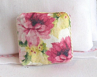 1:12 Pillow - Lovely Vintage Floral - Handmade Dollhouse Scale Miniature - Shabby Cottage Chic *Free Shipping*