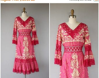 48 HR FLASH SALE Vintage 1970s Dress   1960s Dress   70s Maxi Dress   60s Hawaiian Dress   1970s Midi Dress   70s Dress   Crochet Dress - (l