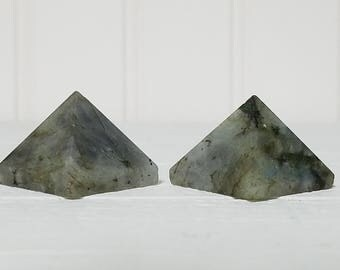 Labradorite Gemstone Pyramid - Stone for Birth of Your Power