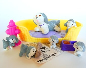 Vintage Littlest Pet Shop Mommy & Baby Puppies Playset by Kenner 1992 Retro 90s Toy