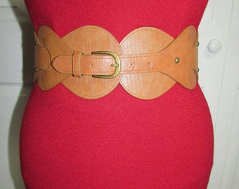 Vintage Brown Tan Elastic Stretch Very Wide Faux Leather Buckle Belt M/L