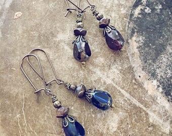 Czech glass tear drop earrings // teardrop sparkle dangle // everyday wear // natural brass ear wires // handmade // rustic boho style