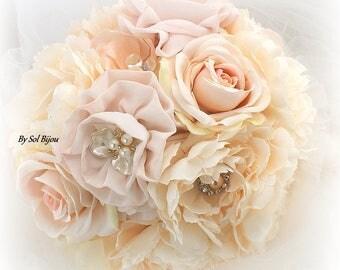 Blush Brooch Bouquet,Wedding Bouquet,Ivory Bouquet,Jeweled Bouquet,Vintage Wedding,Gatsby Wedding,Bridal Bouquet,Lace Bouquet,Pearl Bouquet