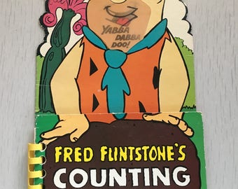 Oversized Flintstones Tuffy book with lenticular cover 1980