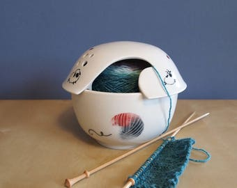 yarn bowl with fiber animals on parade