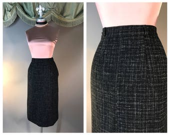 Vintage 50s skirt 1950s BLACK WHITE FLECK classic fleck plaid tweed wiggle wool pencil skirt