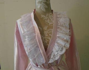 Robe Pink  100% Polyester  White Lace Trim Made in USA Size 8