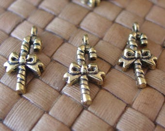 15 pcs Antiqued Gold Plated Pewter Candy Cane Charms (20x11mm)