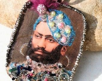 India, maharadja, vintage portrait,supply jewel, pendant