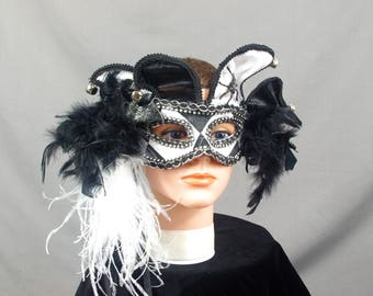 Black and White Mask, Halloween Mask, Festival Mask, Masquerade Mask, Mardi Gras Mask, Carnival Mask, Halloween Costume, Jester Mask