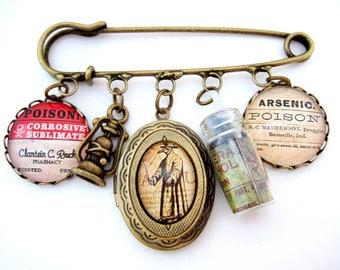 Plague Doctor Brooch, Plague Doctor Jewellery, Steampunk Brooch, Plague Doctor Mythos, Steampunk Jewellery, Gothic Jewellery, Gothic Brooch