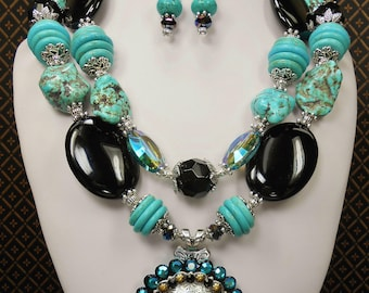 Cowgirl Western Statement Necklace Set - Bronc Horse Concho Pendant Necklace - Chunky Howlite Turquoise and Onyx Necklace - RIDING HIGH