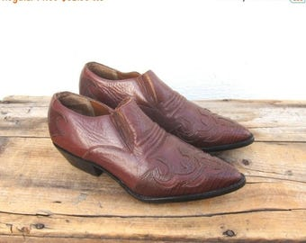 20% Off Sale Ankle Chelsea Booties Cognac Leather  Winklepickers 1990s Ladies Size 6 Deadstock