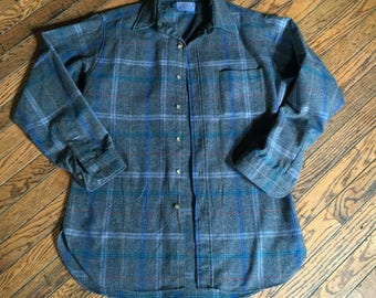 Vintage Men's Pendelton Virgin Wool Shirt Size Medium