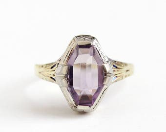 Vintage 14k White & Yellow Gold Art Deco Amethyst Ring - Antique Size 10 Filigree 1920s Fancy Cut Purple Gemstone Fine Two Tone Jewelry