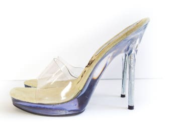 CLEAR HIGH HEELS. 90's Vintage Clear Pump Stiletto. Platform Sandals Size 8. Square Open Toe. Plastic Heels.
