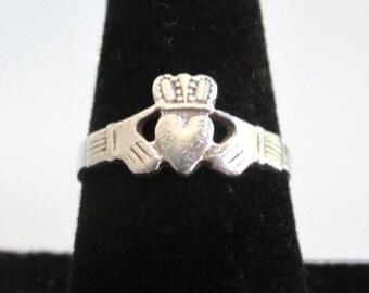 Irish Claddagh 925 Sterling Silver Ring - Vintage Worn, Size 8