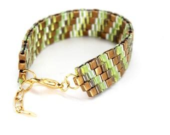 Beaded Bracelet in Green & Bronze
