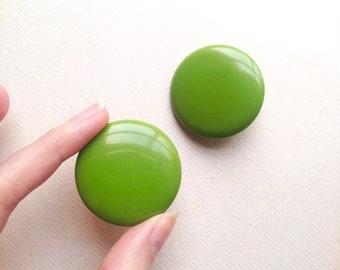 1950s Large pea green Bakelite clip on earrings / 1959s 40s pea soup Catalin disc earrings