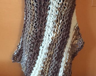 Beige and taupe mixed fiber poncho