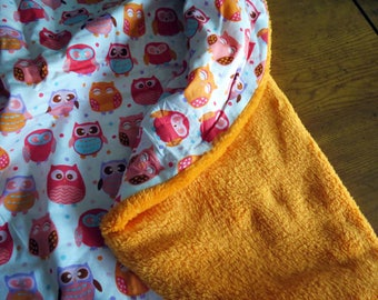 Reversible Boppy Lounge Pillow Cover:  Pink and Orange Owls on White with Orange soft n fluffy
