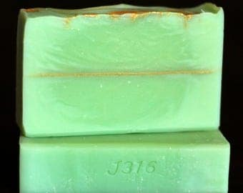 Apple of His Eye Handcrafted Soap - Green Apple and Clove Scented - Handmade