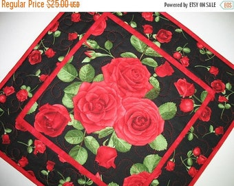 Sale Christmas in July Roses Table Topper, red. quilted, handmade, fabric from Timeless Treasures