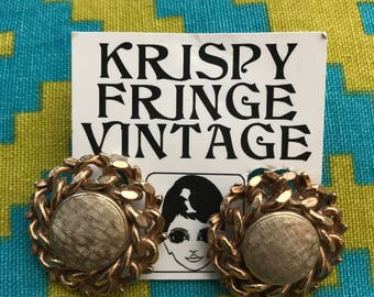 Free Shipping!: Striking 1960's Gold Chain Link Clip On Earrings