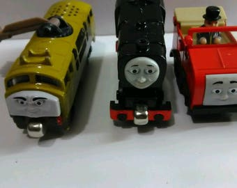 80 piece thomas and friends railway trains and railroad tracks