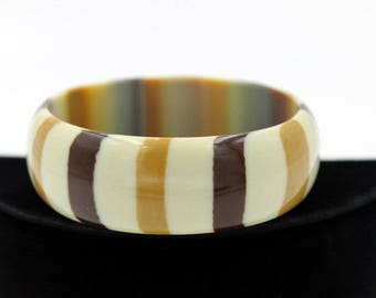 Striped Lucite Bangle in Shades of Brown on Cream - Best Plastics New Old Stock