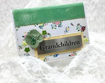 Grandma Brag Book Photo Album, Grandchildren Photo Album, Baby Photo Album, Grandparent Gift, Baby Reveal, 4x6 photo album, Baby Scrapbook