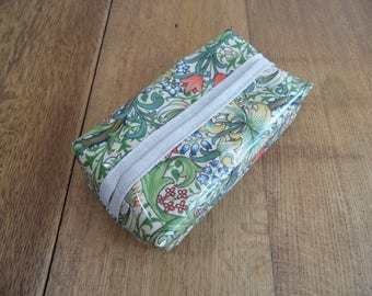 William Morris Golden Lily Oilcloth water resistant wipe packet cover