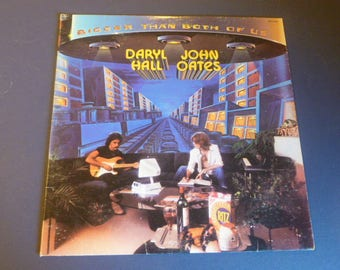 Daryl Hall John Oates Bigger Than Both Of Us Vinyl Record LP APL1-1467 RCA Records 1976