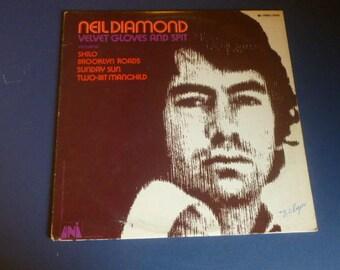 Neil Diamond Velvet Gloves And Spit Vinyl Record LP 73030 Universal City Records 1970