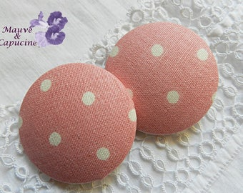 Pink fabric button with white dots, 40 mm / 1.57 in