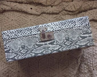 Maybe You'll Want To Revamp This Vintage Faux Snake Skin Case
