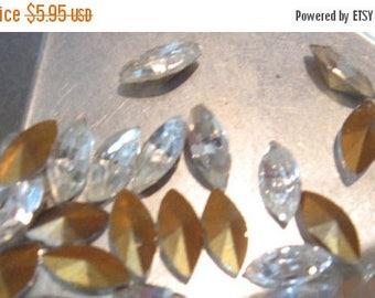 SPECIAL Vintage Swarovski Crystal Navette 8x4mm Rhinestones QTY - 4