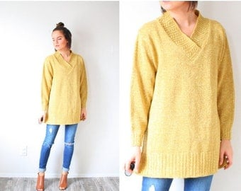 40% OFF CHRISTMAS in JULY Vintage gold oversized sweater // V-neck glitter sweater // christmas holiday sweater // Large Metallic Gold long