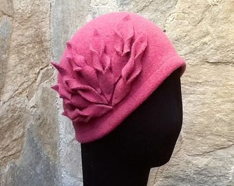 ON SALE - Pink Wool hat Felt hat Retro hat 1920s Style hat Knitted hat
