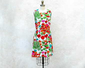 Vintage 60s Flower Power Mod Dress Sleeveless Bright Cotton Print Summer Shift