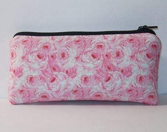 "Pipe Pouch, Pink Roses, Pipe Case, Glass Pipe Bag, 420, Stoner Girl Gift, Cute Pipe Holder, Padded Pipe Pouch, Smoke Accessory - 5.5"" SMALL"
