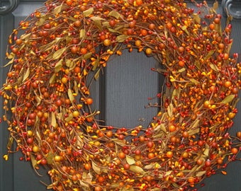 Fall Wreath -  Berry Wreath -  Autumn Wreath - Outdoor Wreath - Pumpkin Berry Wreath
