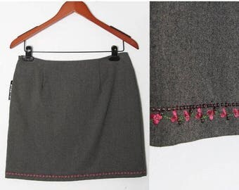 HUGE SALE Vintage grey skirt with pink Trim