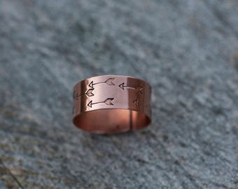 Wide copper ring // Handstamped arrow pattern // Adjustable // READY TO SHIP (specific sizes)