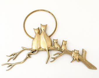 Vintage Cat Wall Plaque - Brass Wall Hanging - Brass Cat Figurine - Brass Figurine Cat Wall Hanging - Kitten Figurine - Cat Art Cat Picture